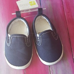 NEW Baby 6-9 Months Boys Shoes